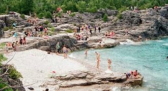6-Day Canada East, Montreal, Ottawa, Toronto, Bruce Peninsula, Niagara Falls Tours from Montreal