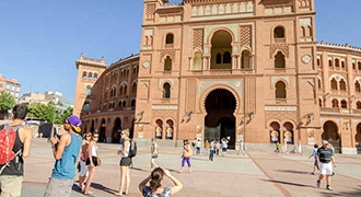 7-Day Andalucia and Madrid Tour from Lisbon