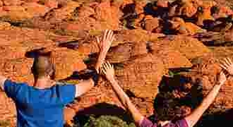 10-Day Melbourne, Great Ocean Road, Uluru, Kings Canyon, Alice Springs Overland Tour from Melbourne